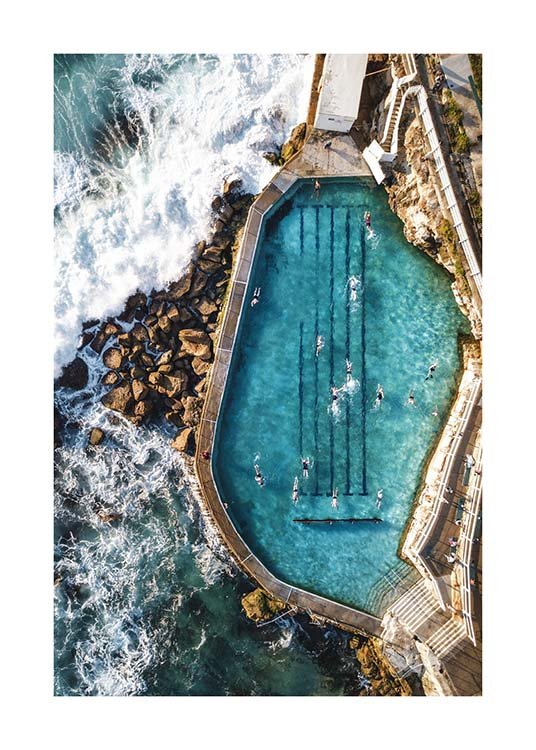 Bronte Swimming Pool Affiche / Nature chez Desenio AB (3584)